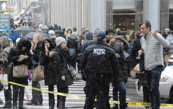 Many people were evacuated from surrounding buildings following the crane collapse. Photo: Carl Glassman/Tribeca Trib