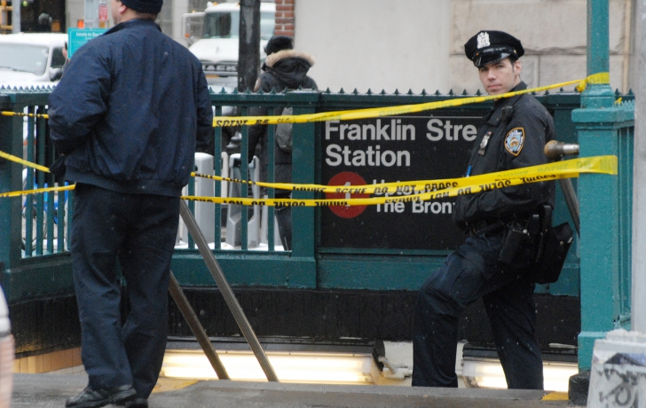 The #1 station at Franklin Street was temporarily closed because of a gas leak. Photo: Carl Glassman/Tribeca Trib