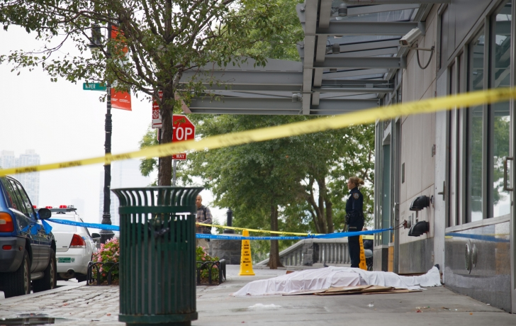Man dies in fall from tribeca pointe in battery park city for 41 river terrace streeteasy